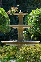 "RG-06 Fountain Close-up • <a style=""font-size:0.8em;"" href=""http://www.flickr.com/photos/76147332@N05/7042835923/"" target=""_blank"">View on Flickr</a>"