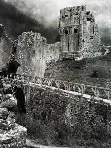 """Corfe Castle ruins • <a style=""""font-size:0.8em;"""" href=""""http://www.flickr.com/photos/44919156@N00/7412781552/"""" target=""""_blank"""">View on Flickr</a>"""