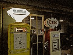 National Service (Lady Wulfrun) Tags: yellow vintage garage national petrol esso extra servicestation petrolstation petrolpump gallons 1950s1960s carrepairs essopetrol nationalbenzol