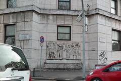 IMG_4525 (Mud Boy) Tags: italy rome roma southerneurope caputmundi theeternalcity romaaeterna capitaloftheworld romacapitale takenfromwindowofvehicle romeitaly'scapitalisasprawlingcosmopolitancitywithnearly3000yearsofgloballyinfluentialartarchitectureandcultureondisplay romeˈroʊmrohmitalianromaˈroːmalistenlatinrōmaisacityandspecialcomunenamedromacapitaleinitalyromeisthecapitalofitalyandofthelazioregion