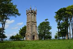 Barnweil Monument, Ayrshire. Three-quarter view. (Phineas Redux) Tags: scotland ayrshire sirwilliamwallace scottishmonuments ayrshirescenes barnweilmonumentayrshire