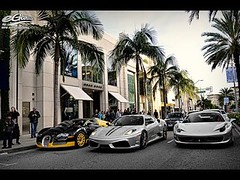 Liked on YouTube: Rodeo Drive | Visiting Beverly Hills (IreneF735) Tags: summer newyork fashion cali newyorker chic lease fashionweek mansions stylist dreamhome streetstyle luxuryhouse styleguide luxuryhomes luxurylifestyle luxurylife homelistings summer16 luxurylisting mensblog bosshome