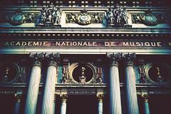 22 (Rob Dryburgh) Tags: paris building architecture pillar
