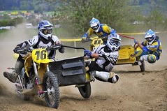 Motocross Meinisberg sidecar (jd.echenard) Tags: bike sport moto sidecar motorrad tff meinisberg motocrossmeinisberg rasenrennenmeinisberg2012