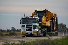 Doolans oversize load (quarterdeck888) Tags: nikon flickr transport frosty trucks oversize kenworth wideload haulage newellhighway k104 highwaytrucks doolans d5100 worldtruck jerilderietrucks