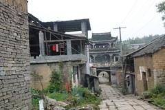 遥望黄丝桥古城入口