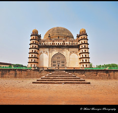 Gol Gumbaz -3, Bijapur, Karnataka (Mukul Banerjee (www.mukulbanerjee.com)) Tags: world light india heritage history classic tourism archaeology monument beautiful architecture photography photo ancient nikon asia arch pics indian south muslim islam traditional tomb wide mahal arches mosque tourist retro worldheritagesite photographs empire burial historical tradition dslr karnataka masjid wonders emperor medival bharat islamic worldheritage southindia southasia adilshah 1541 d60 sigma1020mm northkarnataka historicindia bijapur wondersoftheworld golgumbaz banerjee historicalindia nikond60 indianheritage ibrahimrauza hindusthan medivalindia bymukulbanerjee mukulbanerjee mukulbanerjee  mukulbanerjeephotography mukulbanerjeephotography wwwmukulbanerjeecom wwwmukulbanerjeecom