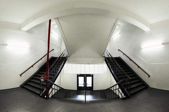 staircase klokgebouw strijp-s