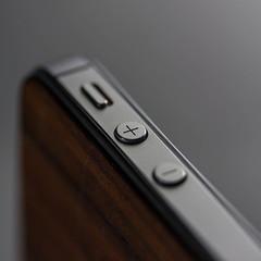 Focus on the Positive (Aaron_S.) Tags: macro apple canon dof bokeh button positive custom 1x1 iphone 60d 365project