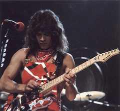 Eddie Van Halen at the US Festival 1983 (Taylor Player) Tags: white david alex rose rock electric les ball roth ed paul drums star shark michael concert guitar live stripes peavey 5150 jr bumblebee edward destroyer fender frankenstein lee 80s 1984 anthony males roll gary eddie sammy van ernie jumpsuits floyd performers 1980s gibson strat halen ludwig kramer cymbals hagar danelectro stratocaster wolfgang ibanez pacer bandanas cherone charvel paiste evh baretta ebmm