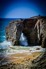 DSC_0366 (FlipperOo) Tags: voyage sea mer france color st rock port de nikon pierre vagues plage morbihan blanc roche arche quiberon instagramapp