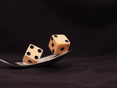 The magic dice (Lukinator) Tags: two dice square four one three die five magic eins spoon numbers finepix fujifilm simple six lffel zwei wrfel crooked vier sechs zahlen drei quadrat fnf hs20 shifted simpel schief verschoben magischen