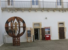 Friday Colours - Leonardo da Vinci in Matera (Pushapoze - sciatica) Tags: italy italia basilicata da di leonardo matera sassi vinci nei lucania