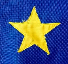 Yellow star 176/366 (2) (♔ Georgie R) Tags: star yellow flag europeanflag hereio
