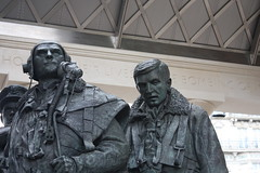 Bomber Command Memorial, Green Park, London (IFM Photographic) Tags: london westminster canon is wwii kitlens worldwarii greenpark ww2 1855mm raf worldwar2 philipjackson royalairforce cityofwestminster 19391945 f3556 450d liamoconnor img9564 efs1855mmf3556is vickerswellington bombercommandmemorial handleypagehalifaxiii