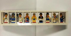 LEGO - Collector Minfigs - Olympic Series: Team GB (Slayerdread) Tags: world sports nine 9 athletes exclusive brits minifigure