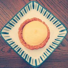 lemon custard tart (>littleyiye<) Tags: old yellow square warm phone plate pastries tart android squarephotography mtxx htconex