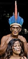 Cacique e a índia (josé hilton) Tags: praia rio brasil negro selva indios arvore manaus floresta tribo amazonas amazonia balneario boto femea