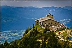 Das Kehlsteinhaus (BM-Licht) Tags: germany bayern deutschland bavaria berchtesgaden nikon nest 1750 kehlsteinhaus tamron eagles watzmann d7000 knigsssee