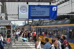DSC_0647 (xrispixels) Tags: station architecture rotterdam gare ns transport central bahnhof bahn trein centraal centrale spoorwegen koploper