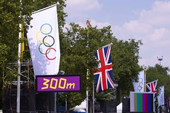 London 43 (EmmaDurnford) Tags: morning people london mall this live south band bank photographs wharf olympics countdown gabriels bess 2012 itv