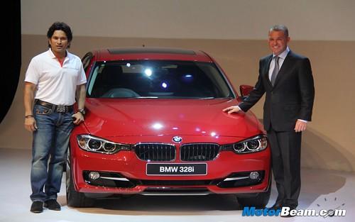 2012-BMW-3-Series-F30-02