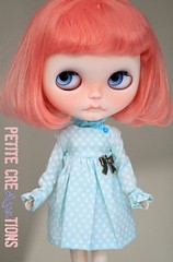 (Aya_27) Tags: pink blue white by dress lace sewing mama handpainted handsewn mywork blythe custom natt ruffle inhand eyechips dressbyme matryoshkamaiden tiinajusttiina petitecreayations damiscalp
