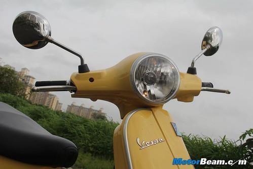 Piaggio-Vespa-LX125-28