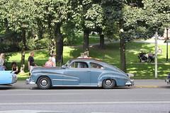 Pontiac 1948 (Drontfarmaren) Tags: pictures old classic 1948 car vintage gallery sweden album 4 wheels august american pontiac aug nationals bilder 2012 augusti galleri biltrff stockholn hgelbyparken drontfarmaren knase