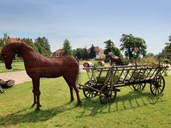 On the way to Toru - Restaurant Grill (ShambLady recovering and back soon) Tags: wood old horse art wagon handicraft antique kunst poland pole polen hay wicker holz pferd riet polonia hout paard handwerk wagen hooiwagen  puola plland poloni polacco polonya