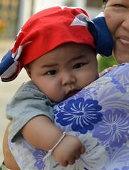 chubby baby (the foreign photographer - ) Tags: blue red baby white portraits thailand nikon head bangkok fat chubby covering khlong bangkhen thanon d3200 apr302016nikon