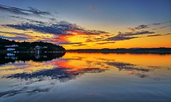 Ryksund, Norway (Vest der ute) Tags: houses seascape norway sunrise reflections landscape mirror rogaland fav25 g7x ryksund