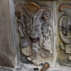 Gewerbehaus Face (L'Oriol.) Tags: city sculpture face center chamber bremen trade arquitecture gewerbehaus