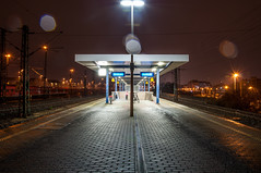 DSC_1510.jpg (FDU4) Tags: longexposure urban night germany outdoors nuremberg platform railway nrnberg