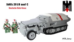 "Sd.Kfz. 251/8 Ausf. C ""Ambulance Halftrack"" WWII LEGO (MR. Jens) Tags: world two war lego wwii 8 kreuz ww2 deutsche rote 251 sdkfz"