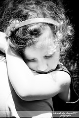 Marieli (cndidabenetti) Tags: blackandwhite girl canon kid child sweet sleep dream pb simple curlyhair