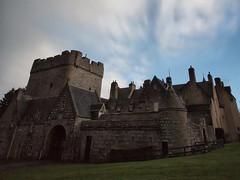 Castle (P4153458) (Mel Stephens) Tags: visions scotland aberdeenshire 2012 april longexposure drum olympus 201204 spring uk q2