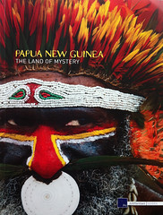 Cover for a Tourist Guide In Papua New Guinea (Eric Lafforgue) Tags: papou png papuanewguinea papu  papuaneuguinea papuanuovaguinea  papouasienouvelleguine papuaniugini papoeanieuwguinea papusianovaguin papuanyaguinea   papanuevaguinea    paapuauusguinea  papuanovaguin papuanovguinea   papuanowagwinea papuanugini papuanyguinea