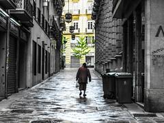 Hacia Gran Va.. (EnriqueG.Sanz) Tags: calle via granada gypsy gitana