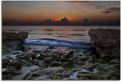 Coral Cove Park Sunrise 7, Jupiter, FL. (JMW Natures Images) Tags: sunrises hdr professionalphotographer blending waterscapes subtlehdr floridaimages photoworkshops phototours coralcovepark phototourguide coastalshorelines jmwnaturesimagescom audiovisualphotopresentations natureandwildlifephotographer blended3imagehdr
