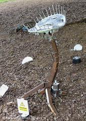 Reading Arts Week, Venus Fly Trap(2) (karenblakeman) Tags: uk sculpture art june caversham 2012 venusflytrap cavershamcourtgardens readingartsweek