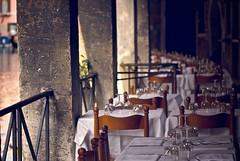 Ready for the flows (alzenar) Tags: venice restaurant glasses fuji tables pro nikkor venezia ristorante canale portico s5 bicchieri tavoli 75150