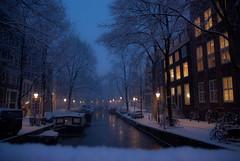 RCR_20100106_2319.jpg (FotoRolf) Tags: winter snow amsterdam canal sneeuw nederland januari noordholland gracht straat kalender2016