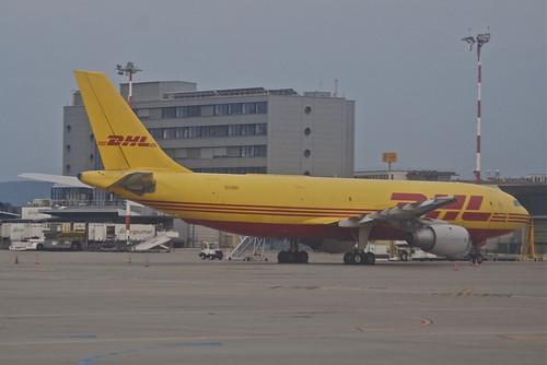 DHL Airbus A300B4-203F; EI-OZE@BSL;13.08.2012/674he