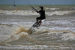 Kite Surfer - Lee Worsfold (EJ Bergin) Tags: sussex kitesurfing watersports kitesurfer goringbysea