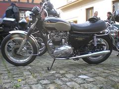 Triumph T140 ES Bonneville 750cc OHV (Michel 67) Tags: classic vintage motorbike antigua antiguas triumph moto motorcycle ancienne motocicleta motorrad vecchia motocicletta motocyclette clasica vecchie clasicas motociclette motociclete classik motorcyklar motocyklar motocicleti motociclettas motocicletti