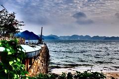 Shuttle island (Melvin Yue) Tags: street city travel colors 35mm island asia kayak vietnamese cityscape colours streetphotography unesco wanderlust traveller vietnam explore fujifilm lonelyplanet hdr halongbay photooftheday picoftheday natgeo travelphotography catong travelgram x100s