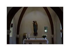 Heilige Oranna (Michel le Blanc) Tags: deutschland jesus kirche saarlouis saarland kapelle gott stille trost heilige wrde gebet berus heilung reliquie heiligenfigur heiligtum berherrn kontemplation oranna