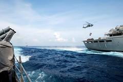 160516-N-EH218-176 (U.S. Pacific Fleet) Tags: ocean usa pacific mob pacificocean cruiser underway deployment 2016 ussmobilebay cg53 7thfleet