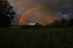 La bulle (Cdric Darrigrand) Tags: rainbow champs campagne arcenciel mto barn